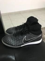 77e3a64f20 Chuteira Nike Magista Salão Tam42