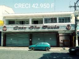 Loja e apartamento + estacionamento 700m2