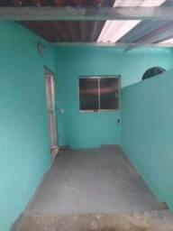 Alugo Casa de vila no segundo andar, Piedade