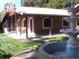Linda chácara em condomínio com portaria, 05 quartos, piscina, 7000 m² em Pinhalzinho/SP