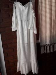 Vestido longo em laise