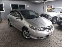 Honda City LX 1.5 Automatico ano 2014 no GNV Quinta Geração Legalizado