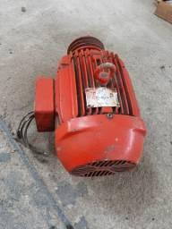 Motor elétrico de 7,5cv trifásico WEG
