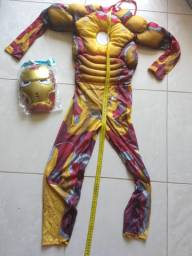 Homem de ferro com mascara com luz de led