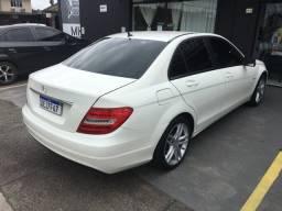 Título do anúncio: Mercedes C180 branca off white 2012