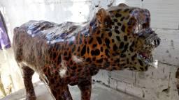 Faço escultura de animais em cimento