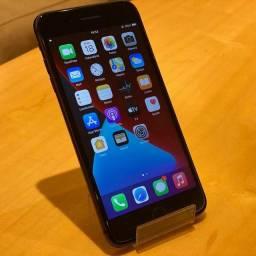 Iphone 8 64GB Preto - Sem marcas