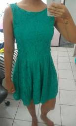 Vestido Verde de renda P(36) pouco usado