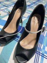 Título do anúncio: Sapato usado uma vez