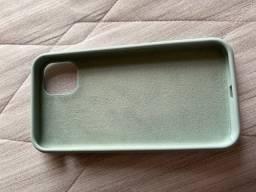 Capa para IPhone 11 de silicone e aveludada