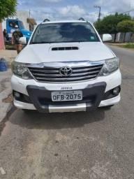 Toyota Hilux SW4 2013  4X4