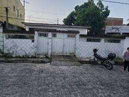 Aluga-se Casa São Lourenço