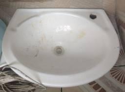 Lavatorio suspenso para banheiro
