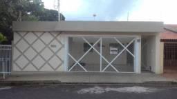 Casa no Bairro Vila Santa Cecília, Assis-SP, 4 quartos