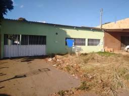 CASA NO PARQUE INDUSTRIAL MINGONE - LUZIÂNIA-GO