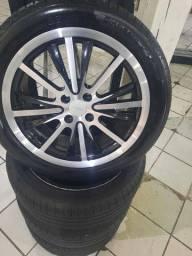 Rodas 17 e 4 pneus quase novos