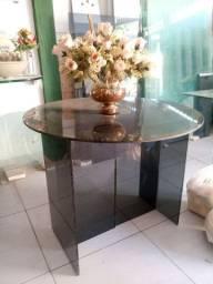 Mesa redonda de vidro fumê