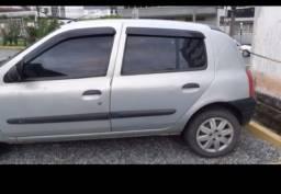 Clio hatch 2001