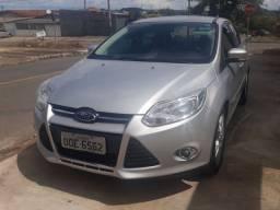 Focus 2014/14 sedan 2.0 SE Plus