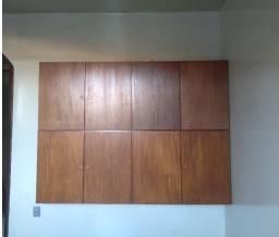 Armário de madeira de 8 portas (madeira de lei)