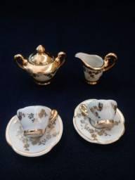 Miniaturas em porcelana antiga