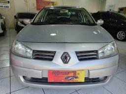 Renault Megane Sedan DINAMYC 4P