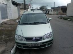 Fiat Ideia econômico - 2007