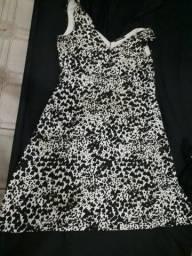 Vestido preto e branco da zinzane