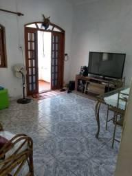 Vendo Casa Duplex em Bangu com vaga para 6 carros, prox pça da Guilherme e ponto chic
