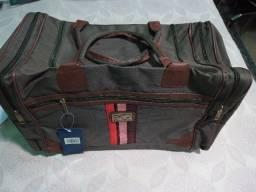 Bolsa Mala de viagem cor marrom com divisoes oferta
