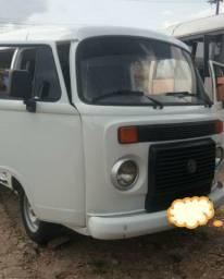 Vendo kombi vw R$:20.000