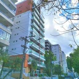 Centro Histórico - Excelente Apartamento na Roberto Silveira no Cond. Bourbon