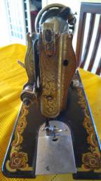 Maquina de costura antiga radiolar para decoração em perfeito estado de conservação