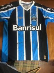 Camiseta do Grêmio autografada