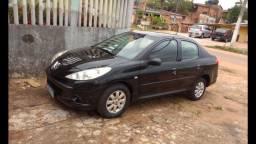 Peugeot 207 1.4 8v 2010 em dias por 15.500,000