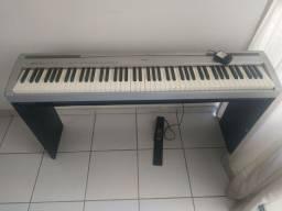 Piano p95