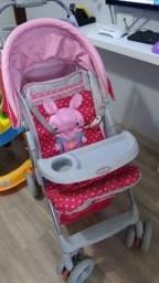 Troca carrinho de menina por cadeira de alimentação