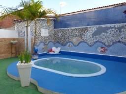 excelente casa com piscina no bairro do cristo