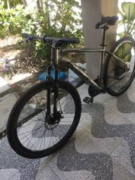 Vendo bicicleta KSW Aro 29.