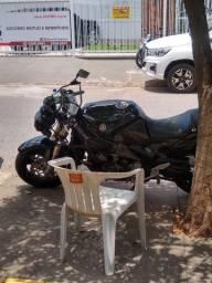 Moto Yamaha.
