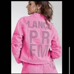 Jaqueta Pink lança perfume M