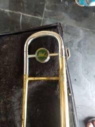 Estrume to musical