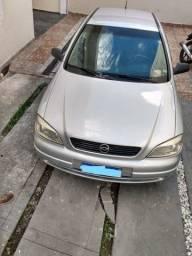 Vende-se ou troca por citroen c3 Astra 1.8 2001, 4 portas, cambio manual
