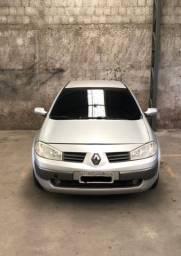 Renault Megane ( Bem Conservado )