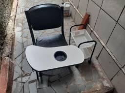 Cadeira cirandinha para manicure