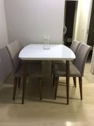 Mesa de Jantar 4 Lugares com 4 Cadeiras