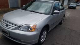Honda civic 2002 Completo.