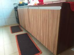Armário de cozinha.  Semi novo. 03 peças MDF. 0.60m de fundo feito por marceneiro.