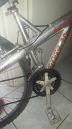 Bicicleta de alumínio, Caloi.