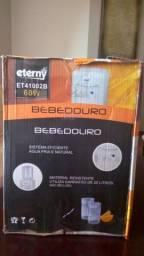 Título do anúncio: Bebedouro de água Eterny ET4100 20L branco 220V - Usado (com Transformador 220V para 110V)